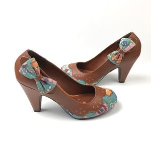 Not Rated Floral Pin-up 50's Inspired Heels